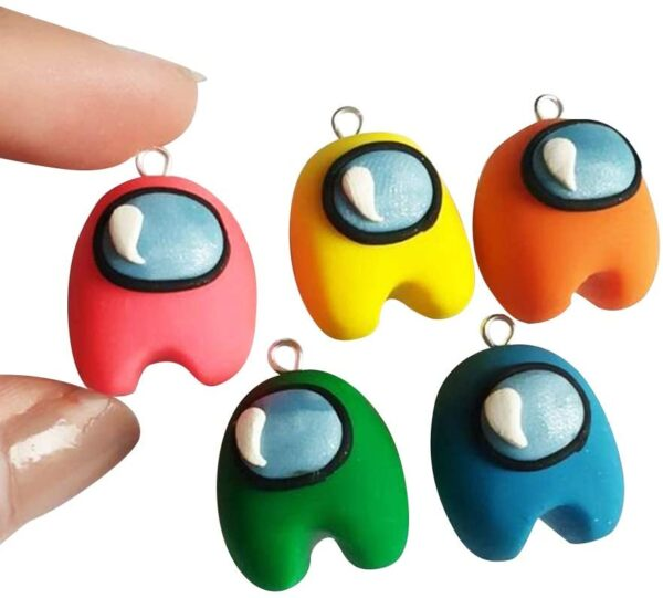You will get 20 cute mini gaming characters. Can be used on many occasions, such as earrings, keyrings, car pendant, Christmas tree decoration and more. Suitable for both personal dress up and home decor.